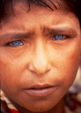 Steve Fenech, </span><span><em>Little Boy in Bangladesh, 1992</em>