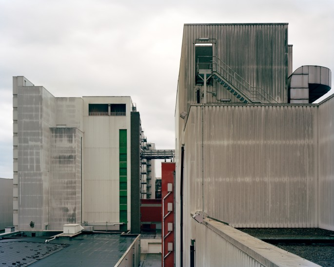 Robert Burley, </span><span><em>Agfa-Geveart Film Plant, Antwerp, 2007</em>
