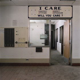 Mary Farmilant, </span><span><em>I Care, 2004</em>, </span><span>pigment print, 24