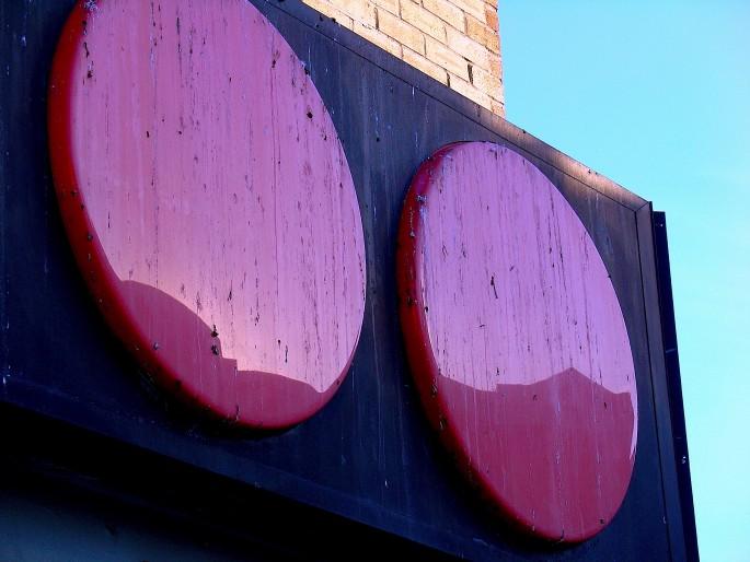 Janine Miedzik, </span><span><em>OH-sign, 2008</em>, </span><span>digital print,  5