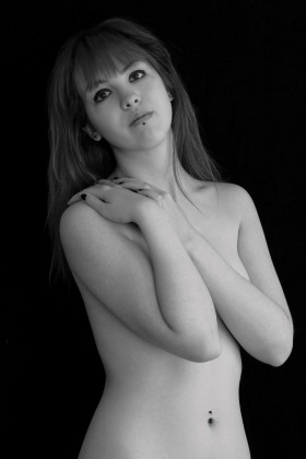 <em>Holly</em>, </span><span>2009  © peggy lampotang