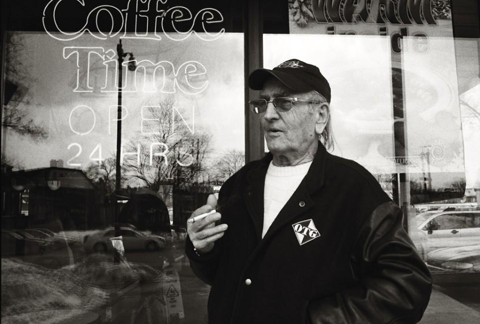 Vanessa Phillips, </span><span><em>Coffee Time</em>, </span><span>2008