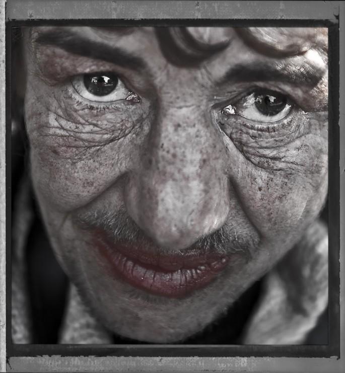 Ves Sarafov, </span><span><em>Street Lady</em>, </span><span>2008