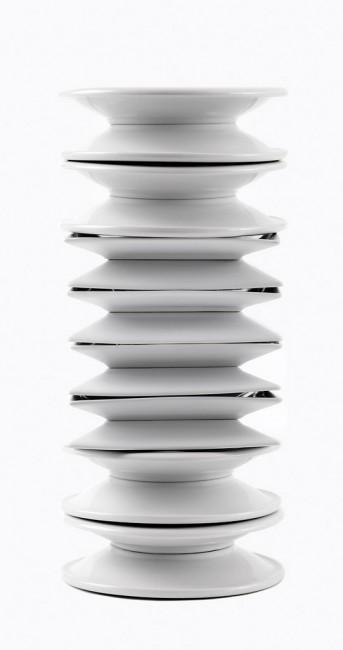 Susana Reisman, </span><span><em>Endless Column (after Constantin Brancusi)</em>, </span><span>2007/2010 Courtesy of Peak Gallery
