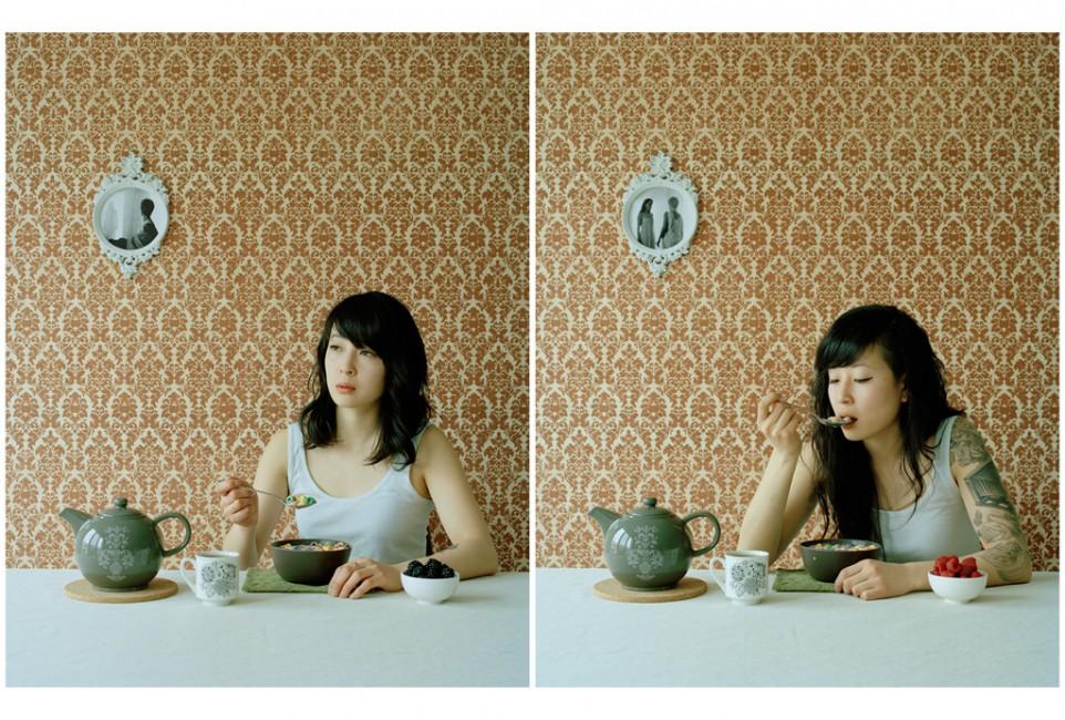 Steven Beckly, </span><span><em>Eating Breakfast</em>, </span><span>2010