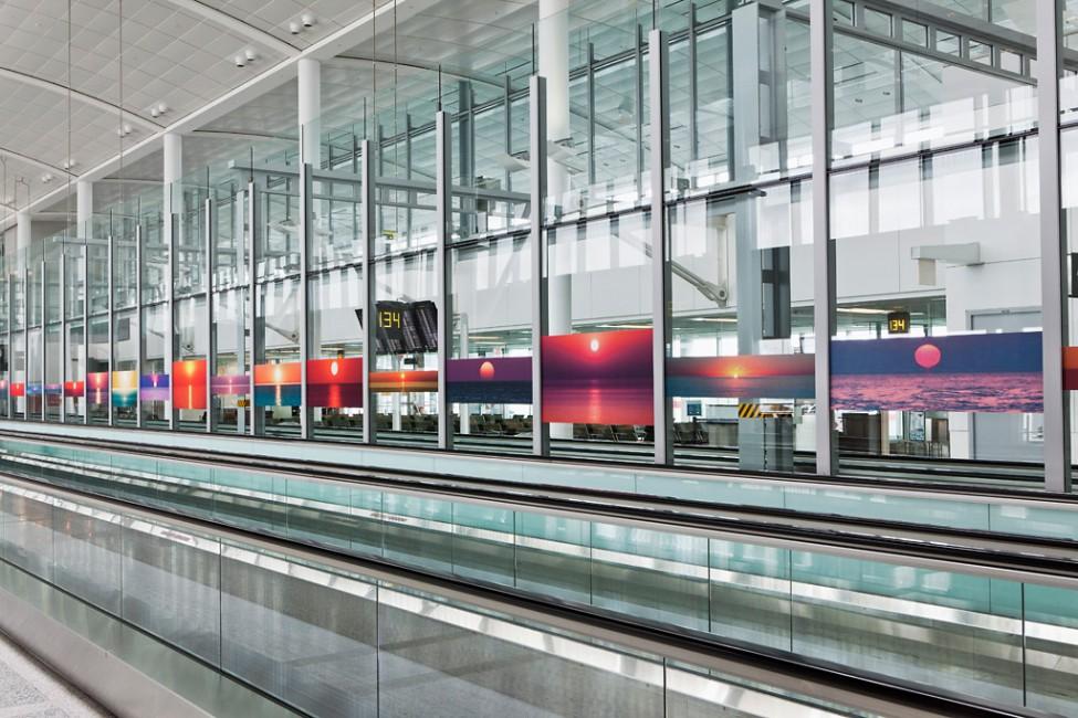 Installation view of &lt;em&gt;Universal Sunsets (of 6,922,112 - 2/18/10)&lt;/em&gt;, </span><span> © Toni Hafkenscheid
