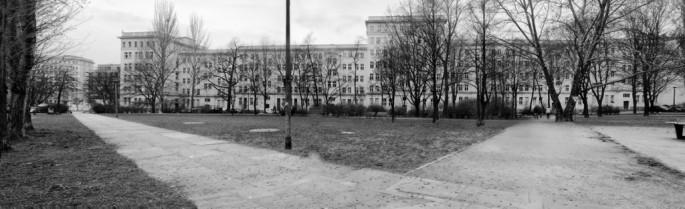 Abigail Gossage, </span><span><em>Apartment Blocks on Weidenweg, Berlin</em>, </span><span>2010