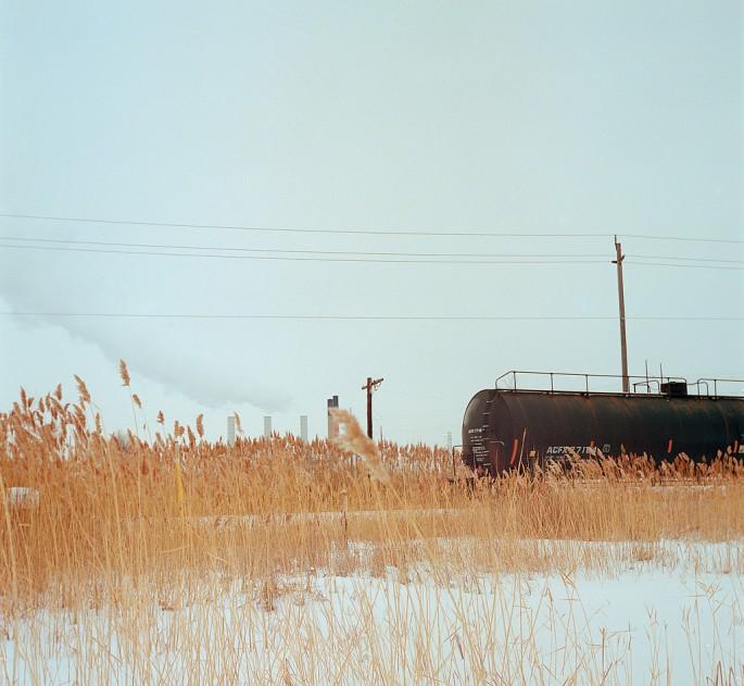 Aaron Vincent Elkaim, </span><span><em>Train</em>, </span><span>2011