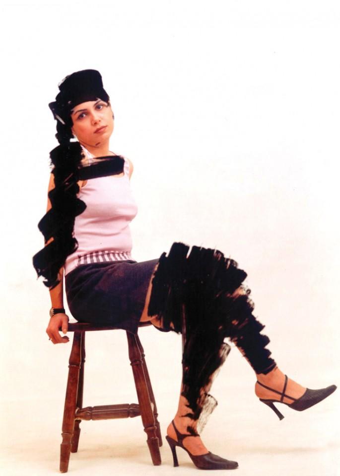 Shadi Ghadirian, </span><span><em>West by East Series 1</em>, </span><span>2004