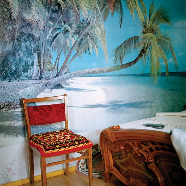 Olga Chagaoutdinova, </span><span><em>Chair at the beach in the bedroom, Russian Picture</em>, </span><span>2006 Courtesy of the Artist, Galerie Trois Points, Montreal, and Patrick Mikhail Gallery, Ottawa