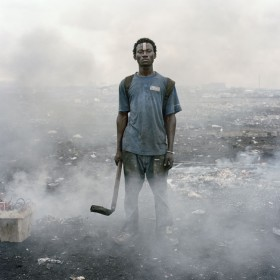 Pieter Hugo, </span><span><em>24. Aissah Salifu, Agbogbloshie Market, Accra, Ghana</em>, </span><span>2010 Courtesy Stevenson, Cape Town/Johannesburg
