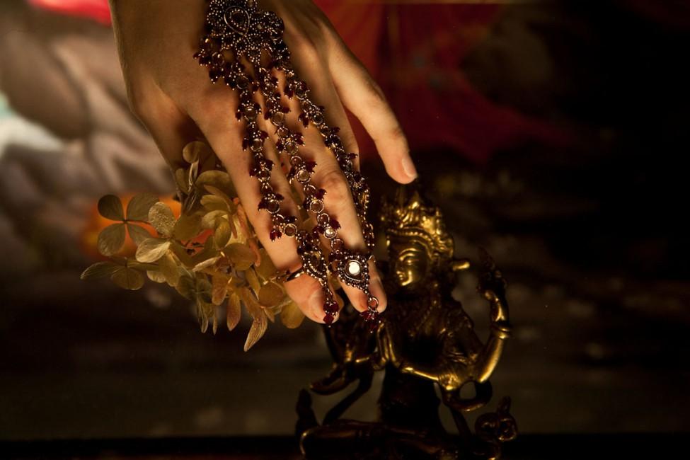Sarika Sehgal, </span><span><em>Bless Me</em>, </span><span>2011