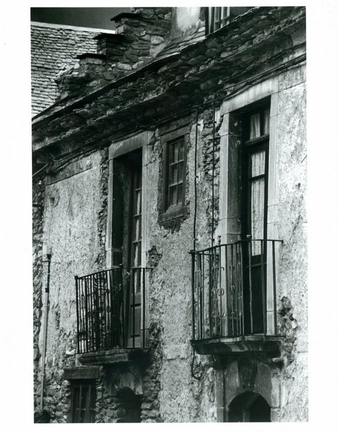 Nalina Sacoor, Balconies, 2002
