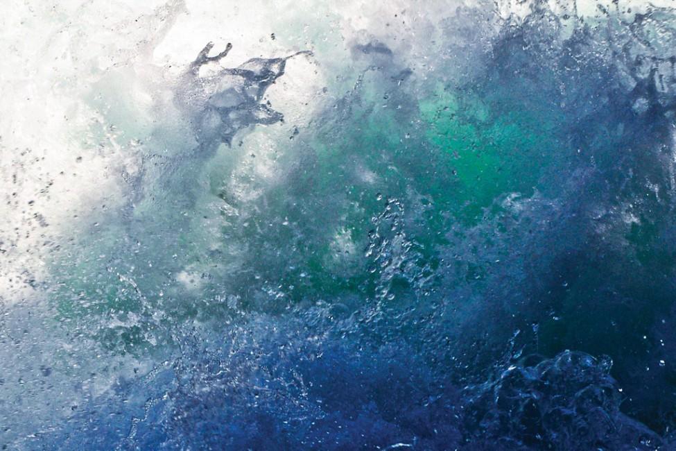 Lorraine Wright, </span><span><em>Turbulence - Stamp River</em>, </span><span>2010