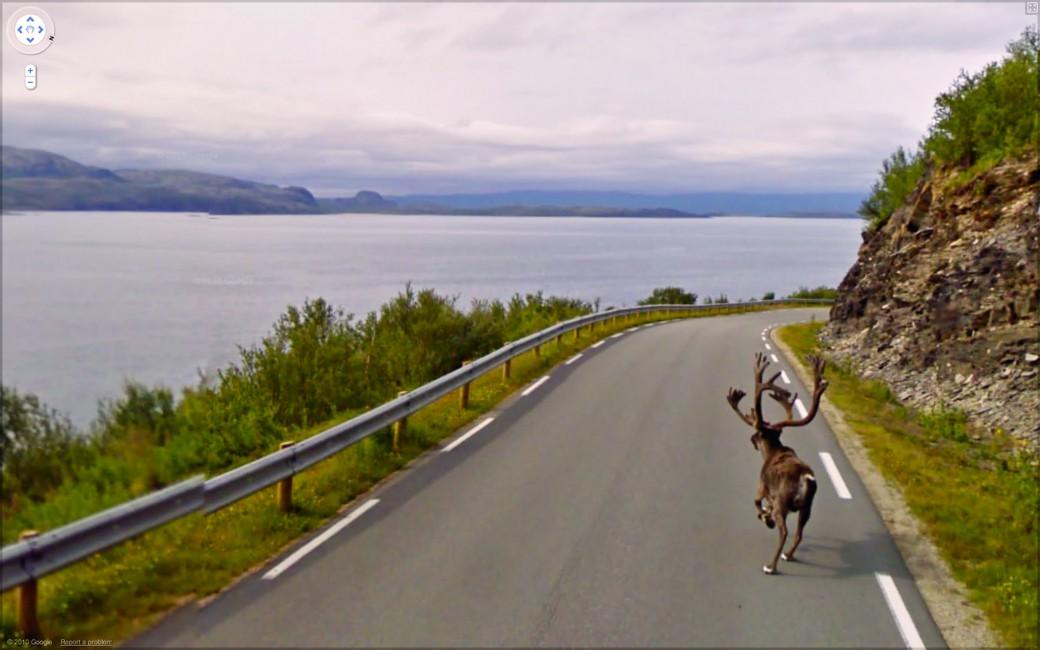 Jon Rafman, </span><span><em>Rv888, Finnmark Norway</em>, </span><span>2010 Courtesy of the artist and Angell Gallery.