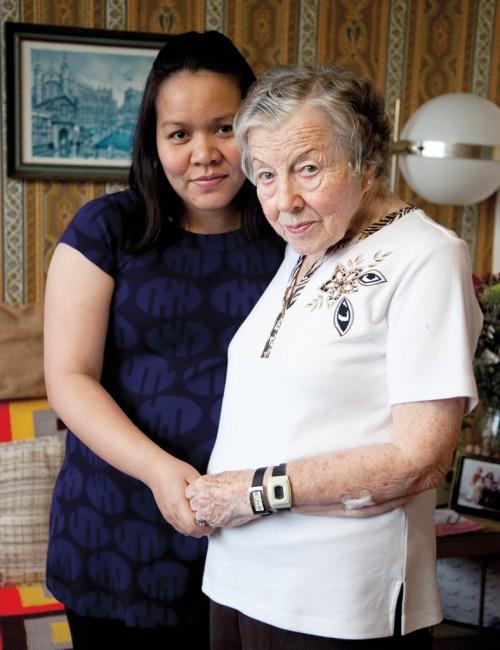 Debra Friedman, </span><span><em>Shirley and Charmaine, Toronto</em>, </span><span>2011