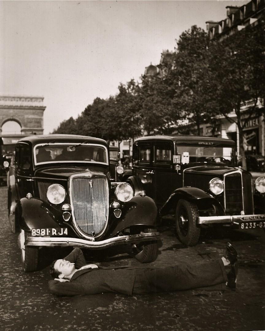 Unknown, Champs-Élysées, c 1930