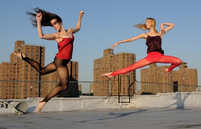 Gregory Holmgren, </span><span><em>Roof Top The Bronx Number One</em>, </span><span>2012