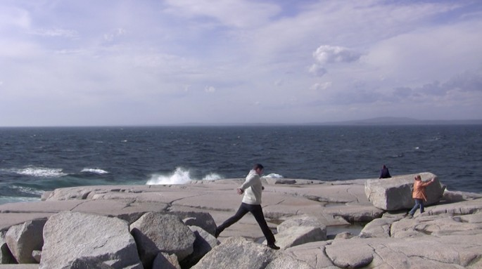 Mark Kasumovic, </span><span><em>Peggy's Cove (reconstructed) [video still]</em>, </span><span>2012
