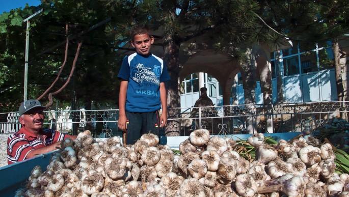 So Young Lee, </span><span><em>Tailgating in Cappadocia</em>, </span><span>2012