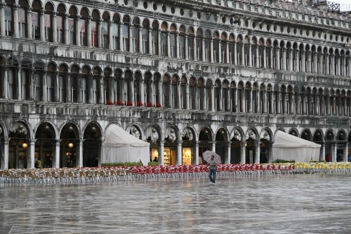 Sharon Ross, </span><span><em>St. Mark's Square, Venice, Italy</em>, </span><span>