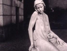 Pamela Williams, </span><span><em>&quot;Rose&quot;, Milan</em>, </span><span>1999