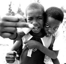 Chris Monette, </span><span><em>Tell me what you think, Haiti</em>, </span><span>2010