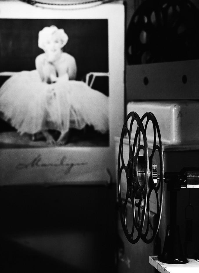 Stephen McNeill, </span><span><em>Film Icon</em>, </span><span>2012
