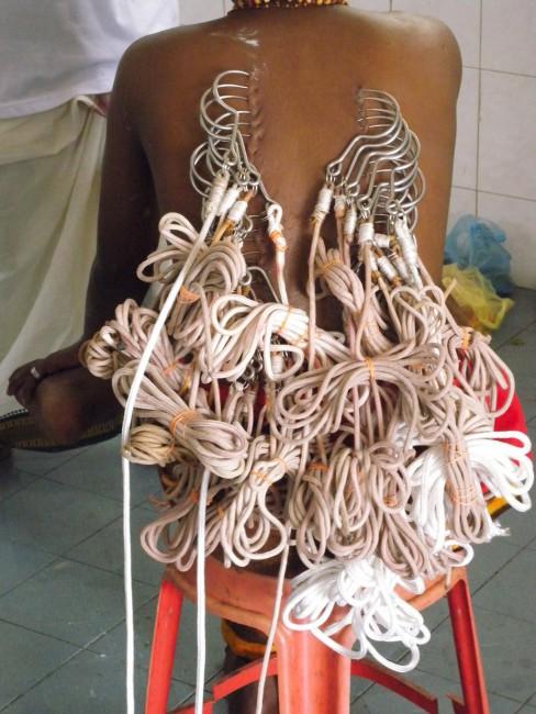 H.G. Bathija, </span><span><em>Ties that Bind</em>, </span><span>2009
