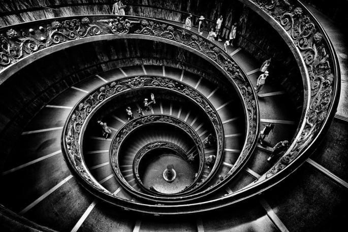 Alex Bruce, </span><span><em>Momo's Staircase</em>, </span><span>2011