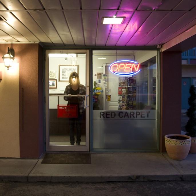 Heather Saitz, </span><span><em>Red Carpet Inn</em>, </span><span>2012