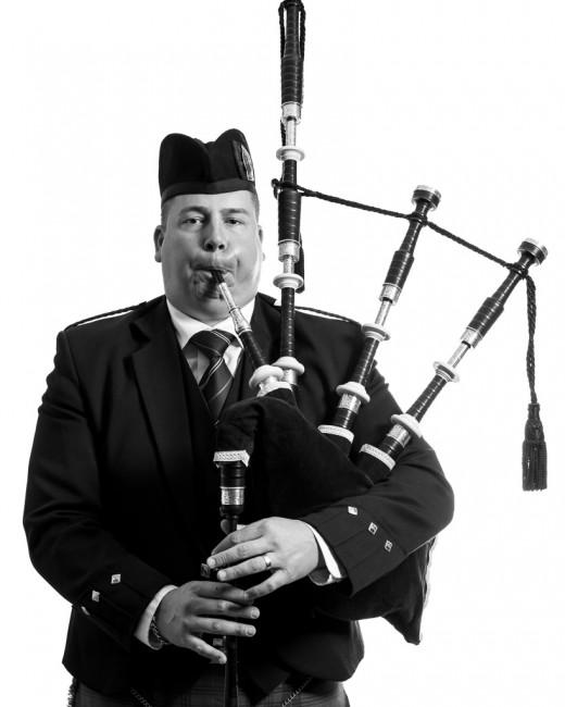 Stuart Lowe, </span><span><em>Tommy No. 1</em>, </span><span>2013