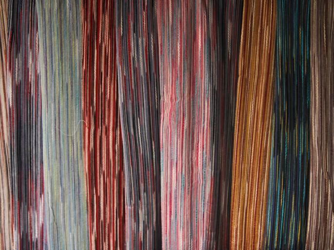 Ian Lawrence, </span><span><em>Thai Scarves</em>, </span><span>2012
