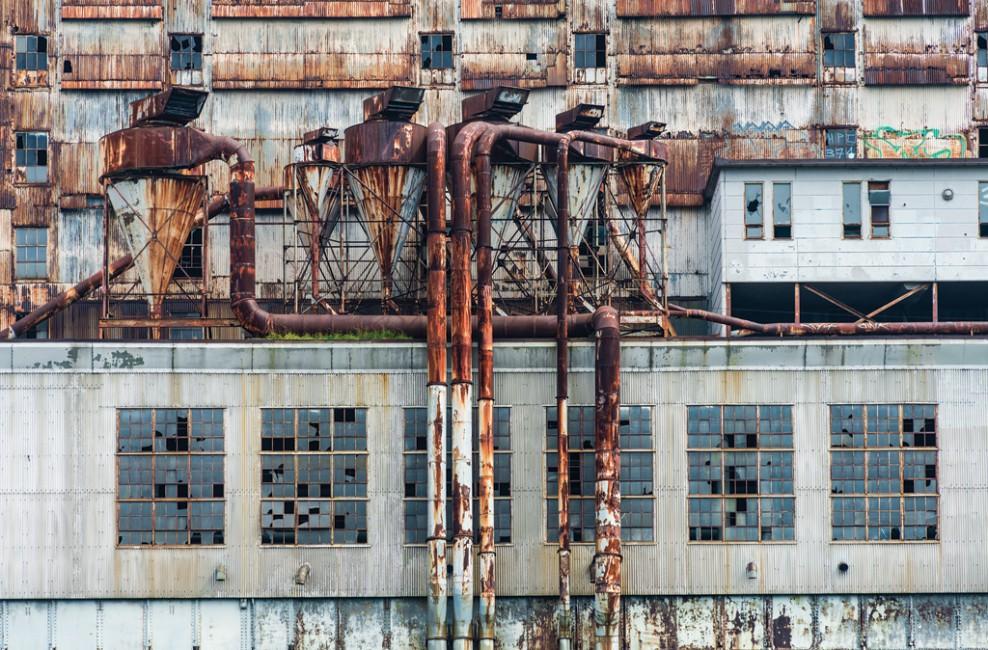 Sheila Jonah, </span><span><em>Factory</em>, </span><span>2013