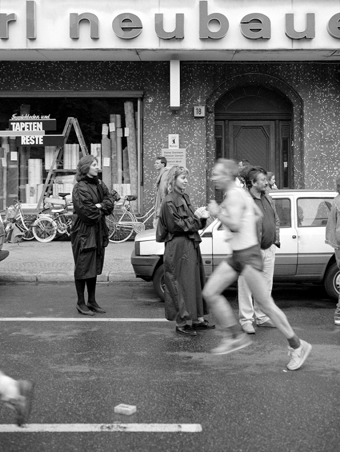 Stephen McNeill, </span><span><em>A Unified Marathon</em>, </span><span>1990