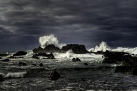 Joseph Amaral , </span><span><em>Stormy Seas</em>, </span><span>2012
