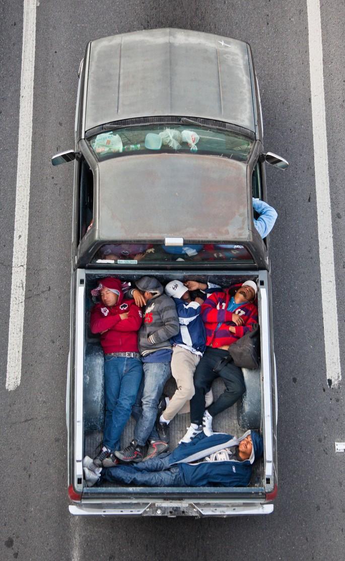 Alejandro Cartagena, </span><span><em>Carpoolers</em>, </span><span>2011-2012 Courtesy of the artist and Circuit Gallery