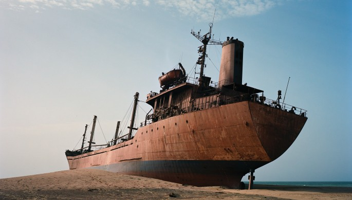 Zineb Sedira, </span><span><em>From the Shipwrecks series: the Death of a Journey V</em>, </span><span>2008 Courtesy of the artist and galerie kamel mennour, Paris