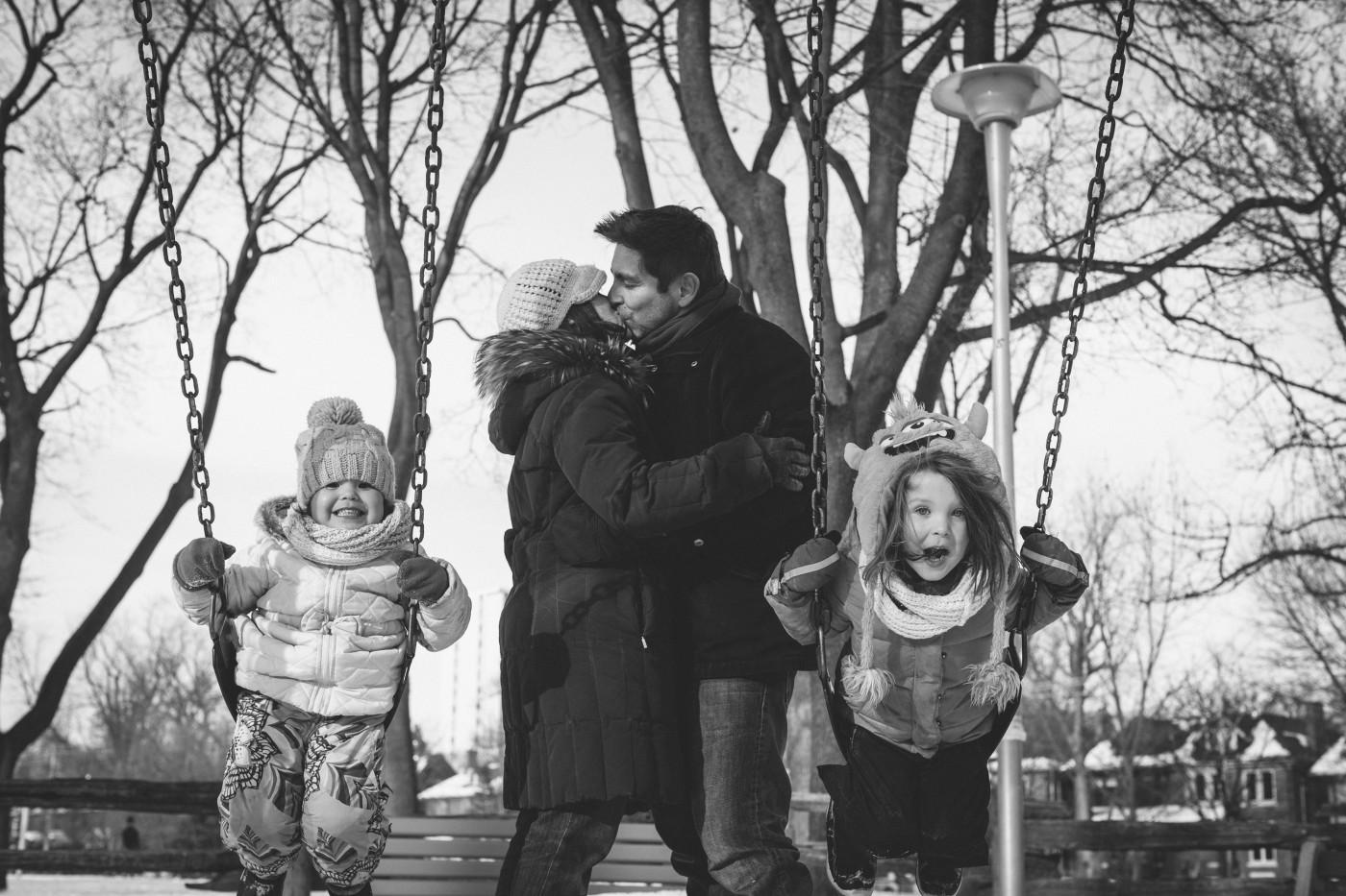 Colin Boyd Shafer, </span><span><em>Jessica and Mark Embracing in Toronto's Dufferin Grove Park</em>, </span><span>2015