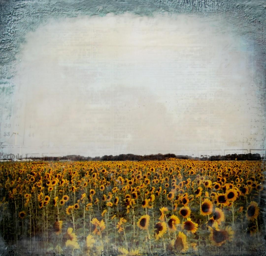 Joya Paul, </span><span><em>Sunflowers</em>, </span><span>2011