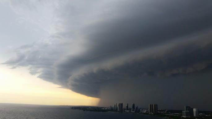 Donna Lypchuk, </span><span><em>Storm Over Humber Bay</em>, </span><span>2014