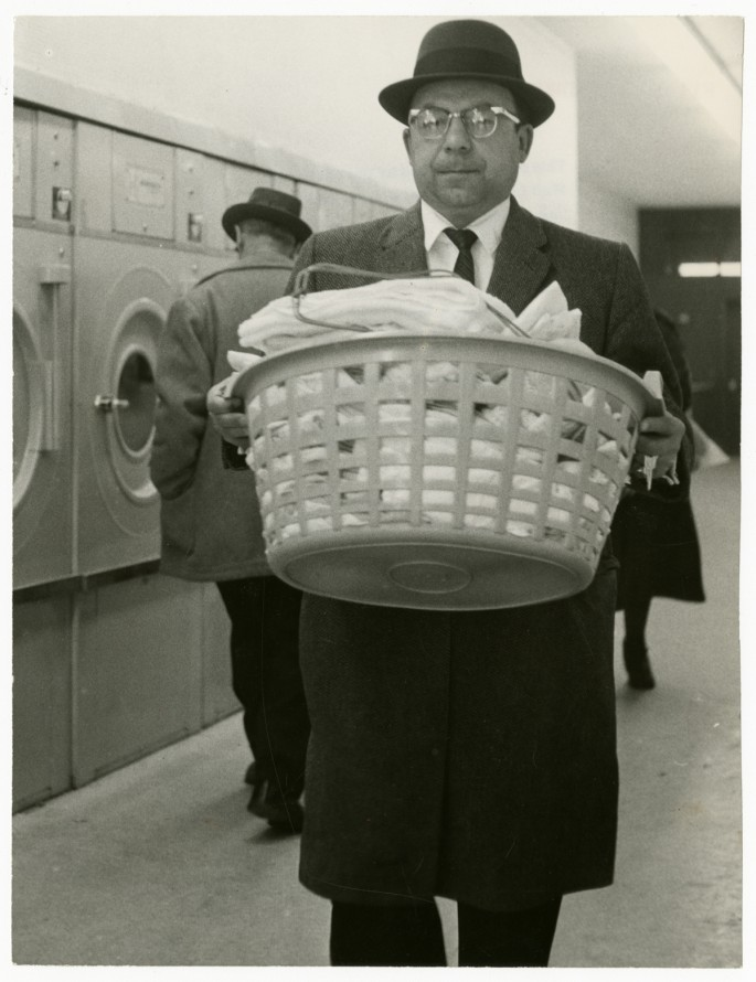 Erik Christensen (formerly known as Erik Schack), </span><span><em>Laundromat</em>, </span><span>1960. Gelatin silver print, 9 x 7&quot;. Gift of The Globe and Mail newspaper to the Canadian Photography Institute of the National Gallery of Canada.