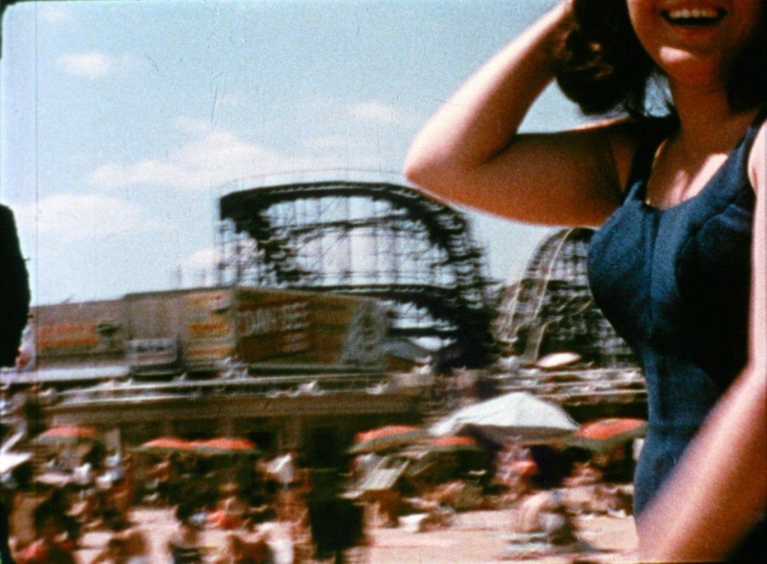 Marie Menken, </span><span><em>Go! Go! Go!</em>, </span><span>(film still), 1962-1964. 16mm film transferred to Blu-ray. Courtesy of Anthology Film Archives.