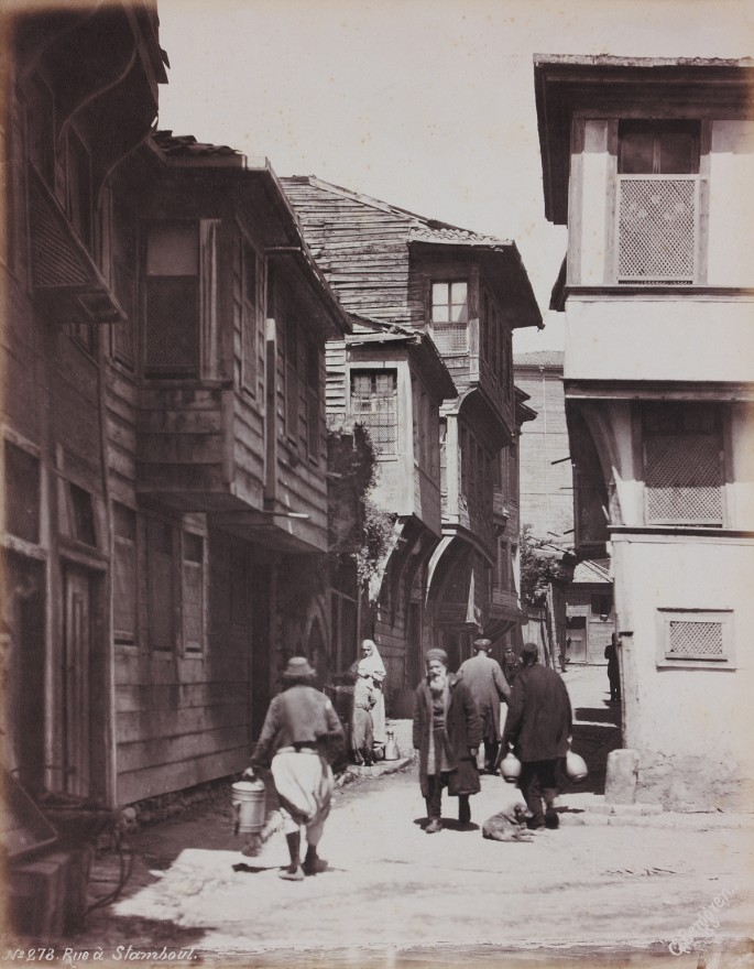 Guillaume Berggren, </span><span><em>Wooden Houses</em>, </span><span>c. 1885. Collodion print. Courtesy of the Ömer M. Koç, private collection.