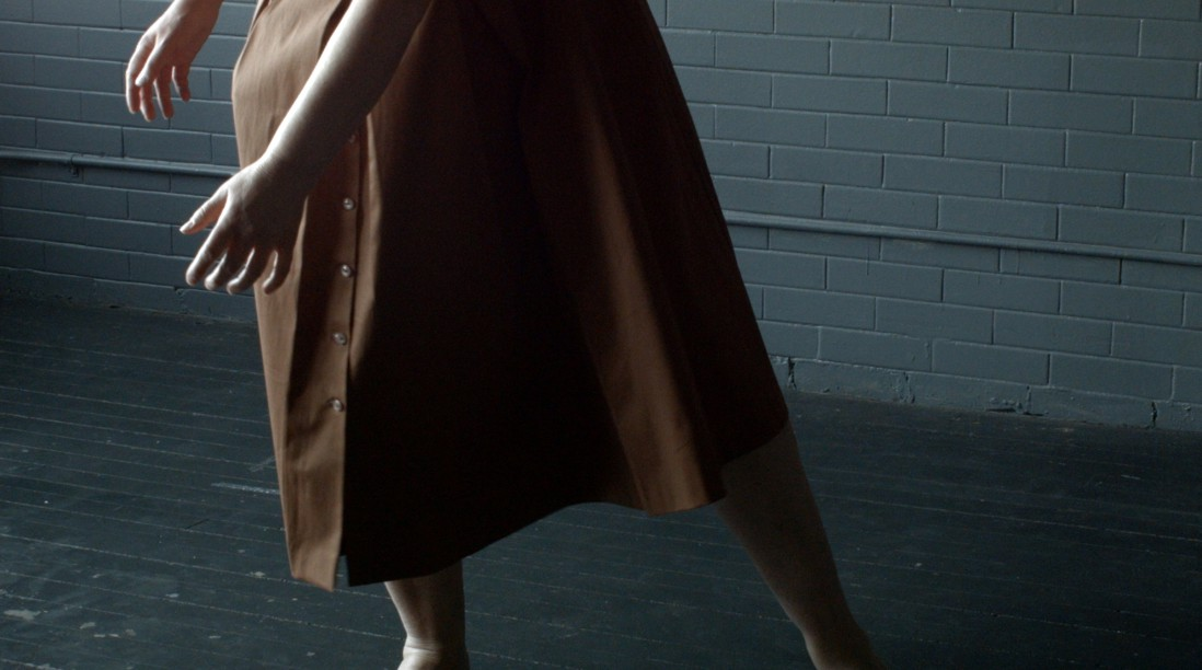 Julia Hendrickson, </span><span><em>Under Green Waves</em>, </span><span>Film Still, 2016. Courtesy of the artist.