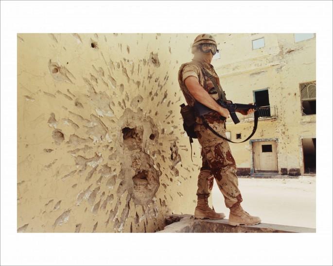 Dan Eldon, </span><span><em>Untitled (A Marine stands guard)</em>, </span><span>1992