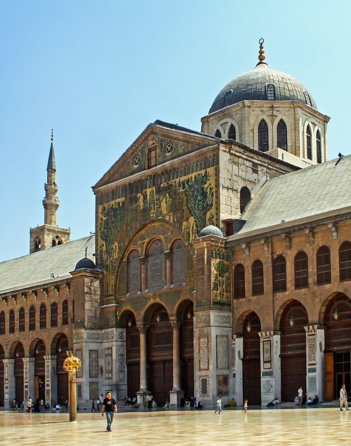 Maha Munaf, </span><span><em>Umayyad Mosque - Damascus</em>, </span><span>2006
