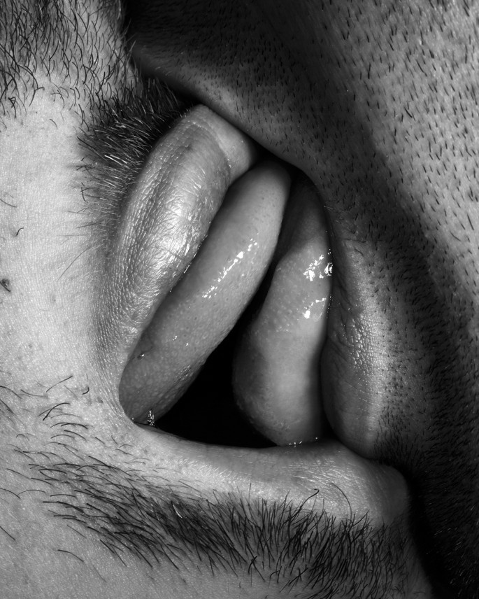 "Chris Curreri, </span><span><em>Kiss Portfolio</em>, </span><span>2016. Gelatin silver print, 12x12""."