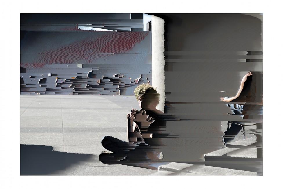 Cherly Sourkes, </span><span><em>Connext: Handheld</em>, </span><span>2013. Archival pigment print, 60x44&quot;.
