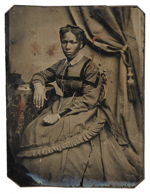 "Unknown photographer, </span><span><em>Unidentified woman</em>, </span><span>1860-1880. Tintype, 3.5x2.5"". Richard Bell Family Fonds, Brock University Archives. Courtesy of Brock University Archives. © 2017 Art Gallery of Ontario."
